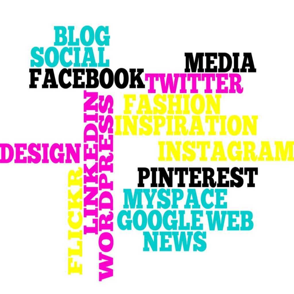 redes sociales ibiza web