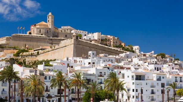 Eivissa: cómo reservar restaurantes en línea